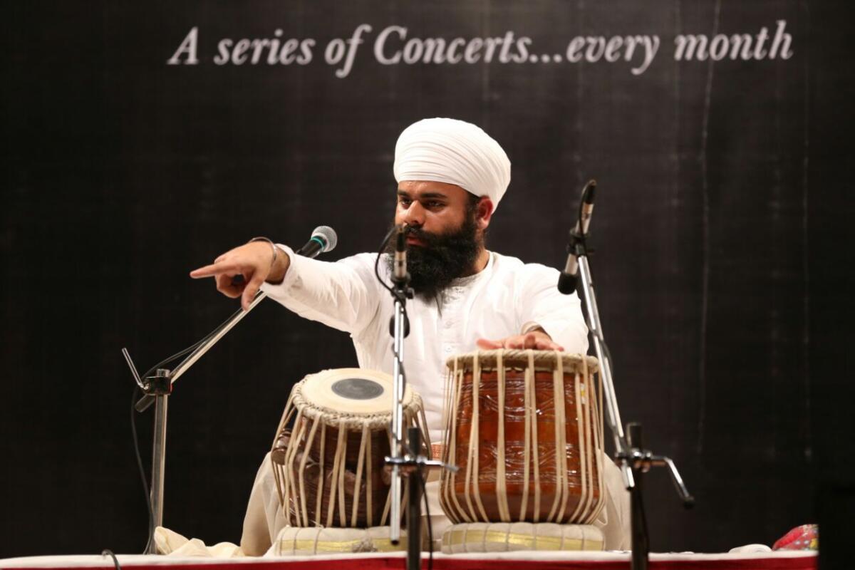 Performing Guru Ghar Da saaz-Jori Pakhawaj recital  in Triveni concert series in Thane Maharashtra in year 2016