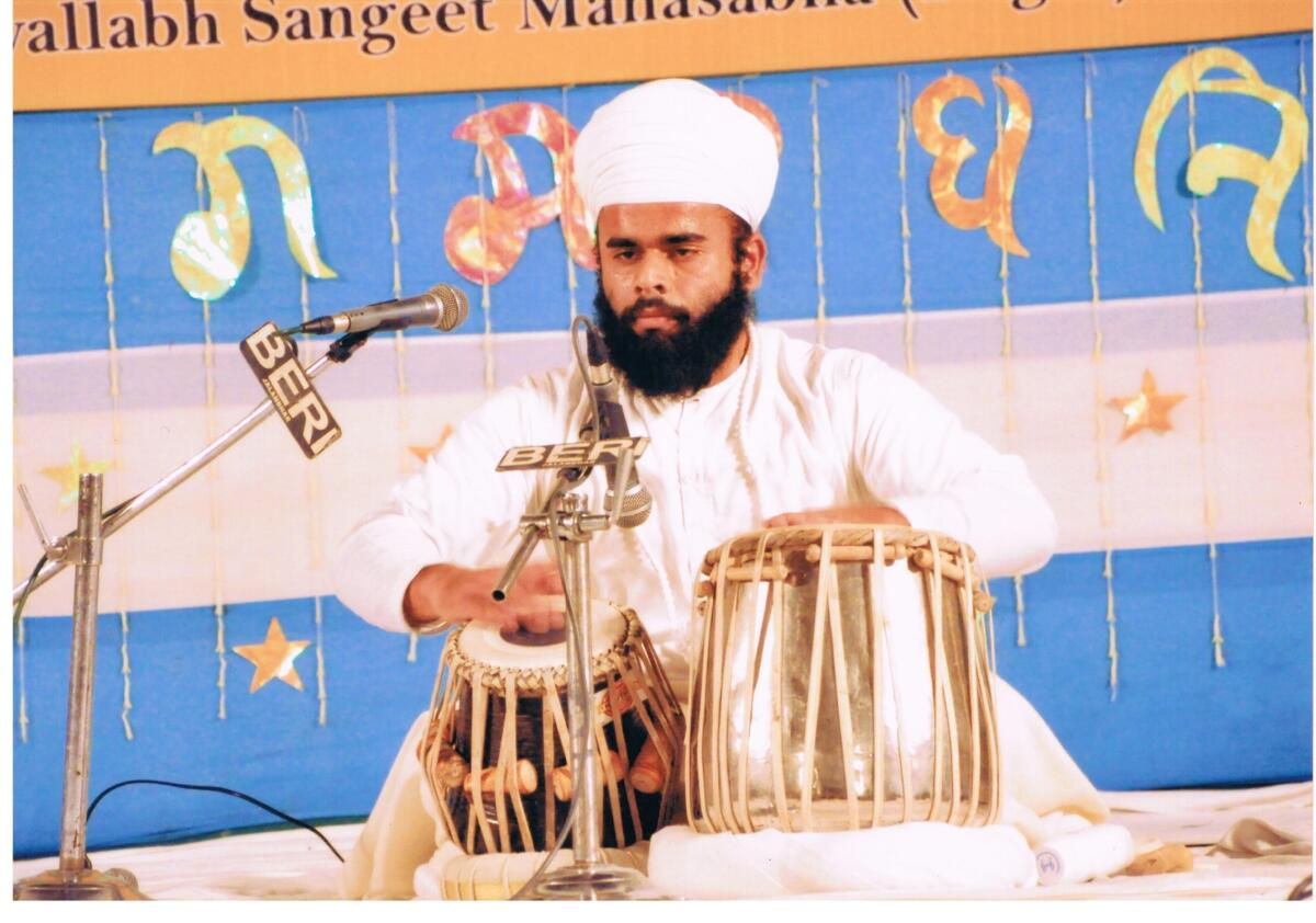 Memorable picture of winner with 1st position by Gian Singh Namdhari in senior category of percussion category in harivallabh sangeet sammelan in year 2010